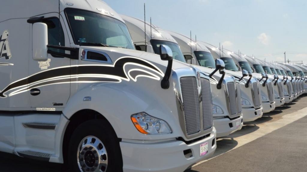 Producción de vehículos pesados cayó 8.8% anual