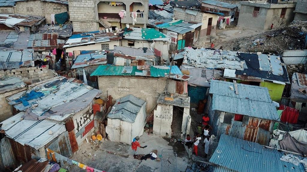 Deuda de países pobres aumentó 12%