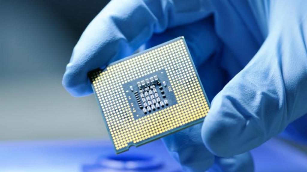 Escasez de semiconductores reduciría 1% del PIB: Banxico