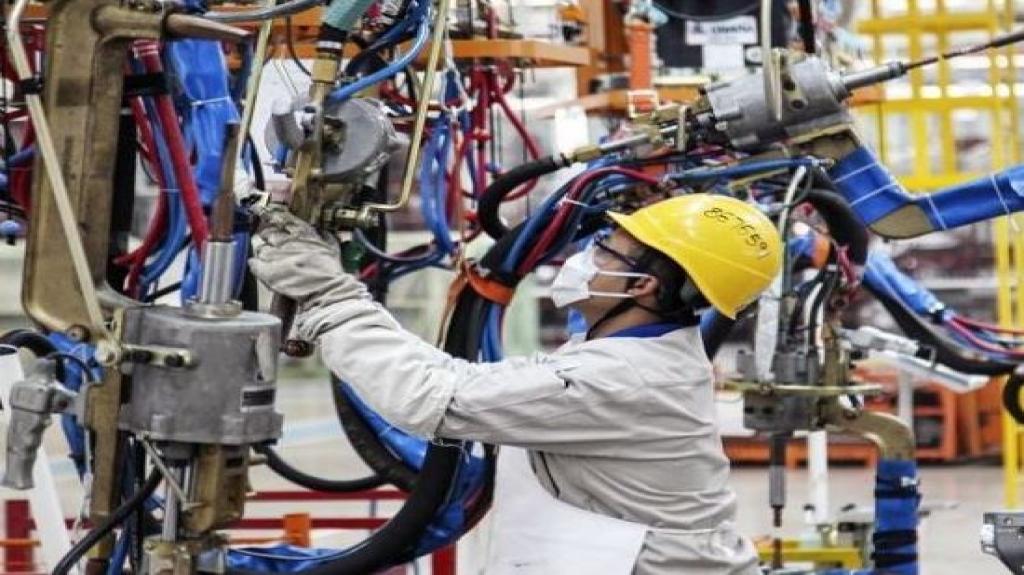 Subió 1.1% actividad industrial en julio