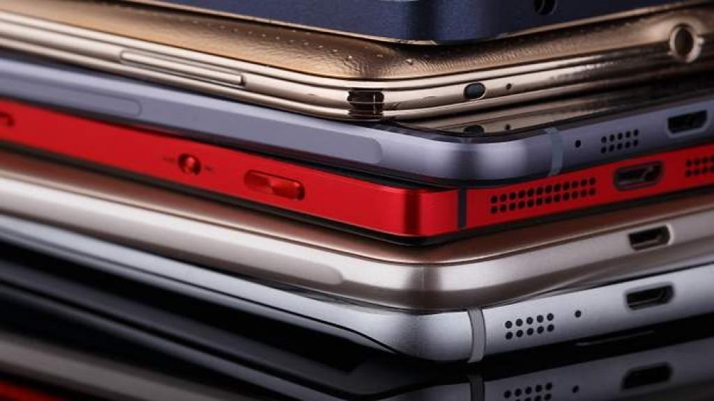 Gastan mexicanos más dinero al comprar sus smartphones